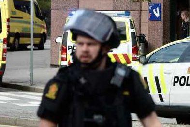 Kvinne døde av skadene etter knivangrep på Nav-kontor i Bergen