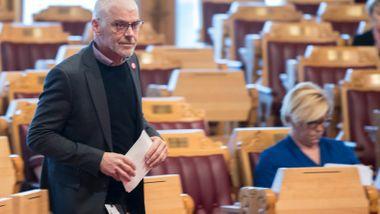 SVs Petter Eide hardt ut mot Frps Amundsen: Selvskading ikke å hente hjem IS-krigere