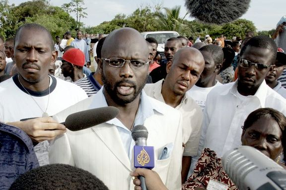Fotballhelt George Weah klar for finalen i Liberias valg
