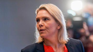 Listhaugs påstand om koronasmitte blant innvandrere får motstand: – Hun tøffer seg