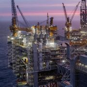 10.000 lamper må skiftes ut på nytt oljefelt