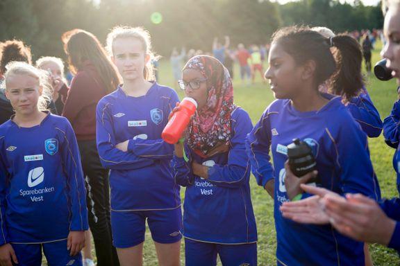 På Dana Cup ble flere bergenslag rammet av omgangssyke. Slik sikrer Norway Cup seg mot sykdom.
