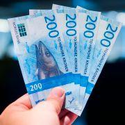 Kronen styrkes etter rentedom: Euroen på sitt billigste på tre måneder