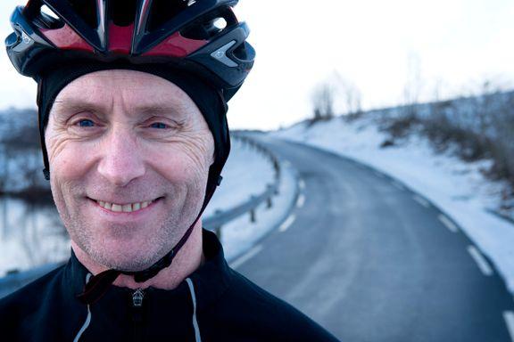 Uføre Johnny (54) utsetter cellegift-kuren for å delta i verdens hardeste sykkelritt