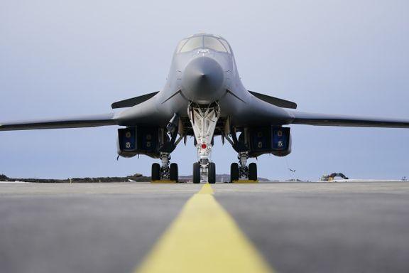 Nå har de bombeflyene fra USA landet i Norge. Det er første gang i nyere tid.