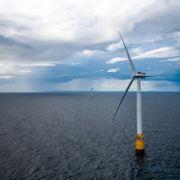 Regjeringen godkjenner gigantprosjekt med flytende havvindmøller