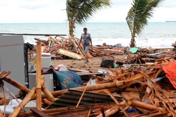 Minst 222 døde etter tsunami i Indonesia