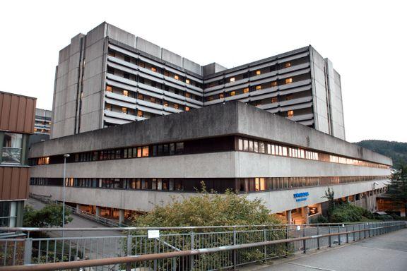 Operasjoner ved sykehusene i Helse Vest måtte settes på vent på grunn av IT-problemer