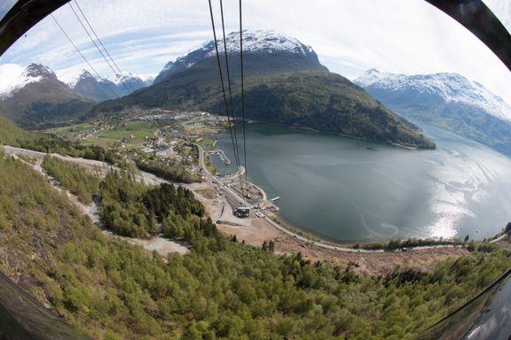 Nå kan du ta en av verdens bratteste gondolbaner - i Norge