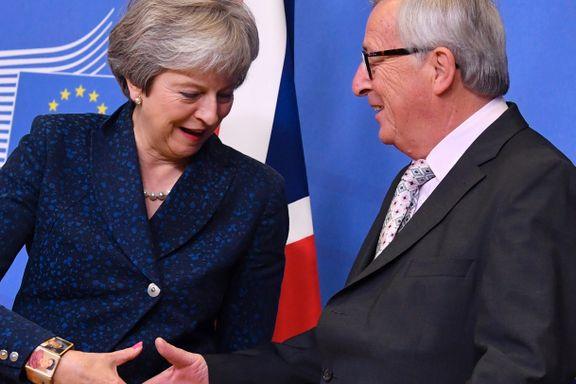 Historisk skilsmisse godkjent i Brussel. Nå må britene bestemme seg.