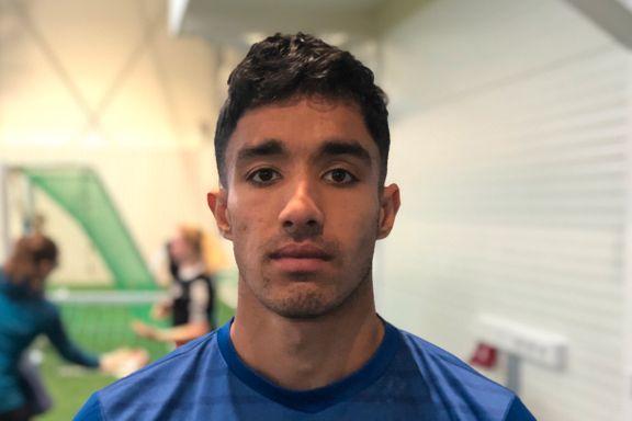 Engelske Harry (23) har spilt i Sverige, Portugal og Malta. Nå kan han ende opp i Tromsdalen