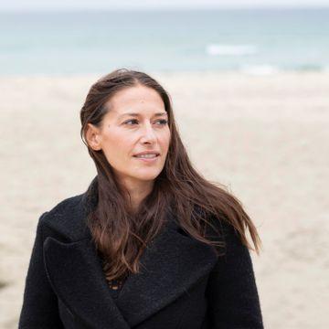 Pia Tjelta er i vinden igjen: - Jeg hadde tre år hvor det var veldig stille. Ikke en telefon i mils omkrets.