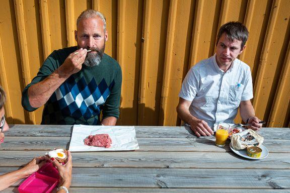Kjøttskam, sa du? I løpet av et år svelger han unna et halvt tonn kjøtt. Møt de norske kjøtteterne.