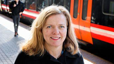 Snur om parkerte tog: Jernbanedirektøren varsler utvidet togtilbud