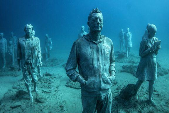 12 meter under Lanzarotes østkyst ligger Europas første og eneste undervannsmuseum