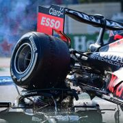 Verstappen sjekket ikke om alt var bra med Hamilton etter ulykken