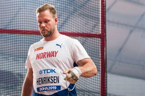 Den norske VM-finalisten delte pris med sin avdøde trener. Familiens reaksjon rørte ham.