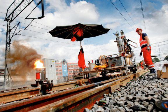 Bane Nor tar selvkritikk etter årevis med sommerstengt jernbane