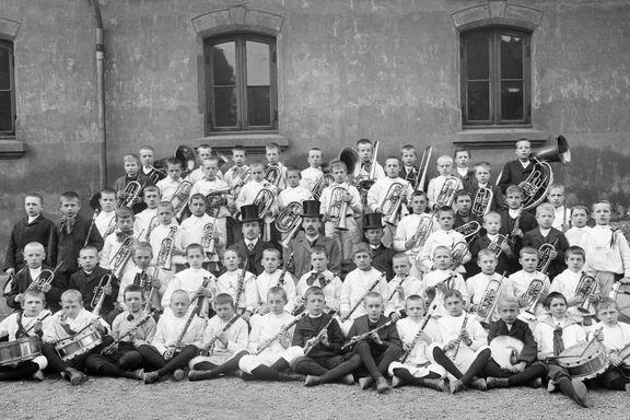 Dette er fattigguttene som skapte Norges første skolekorps
