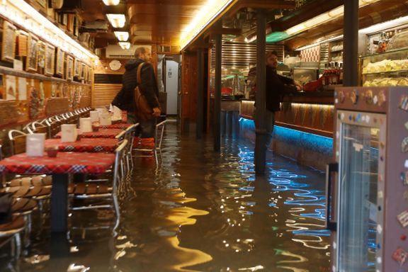 Verste oversvømmelse i Venezia på over 50 år. To omkom.