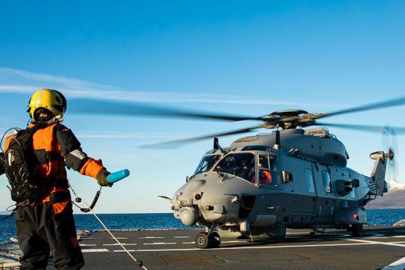 De skal redde liv. Men de omstridte kamphelikopterne har stått på bakken i to måneder.
