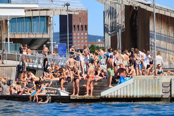 2000 badegjester er irettesatt av vektere for å drikke alkohol i år