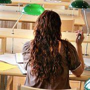 Kun seks av ti studenter fullfører en grad
