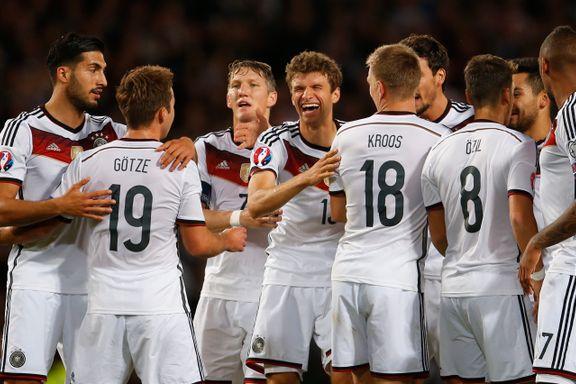 Tyskland slo Skottland og stormer mot EM