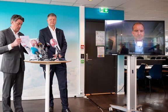 Norwegians styre og ledelse holder av 11 millioner aksjer til seg selv