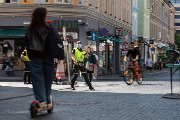 Elsparkesyklist snudde da han så politiet, men fikk 1300 kr i bot. Han var ikke alene.