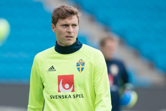 Ryktebørsen: I går satt han på benken mot Norge. I dag er han på plass i Manchester