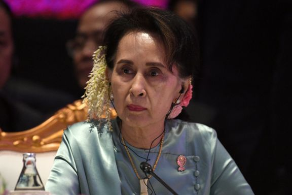 Professor om rettssak mot Aung San Suu Kyi: – Et absurd domstolsteater