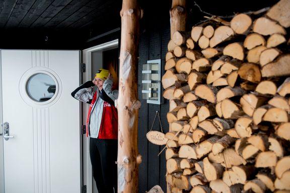 I denne hytta får dei plass til tre generasjonar