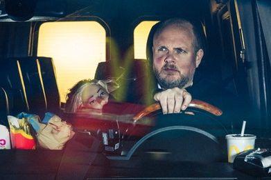 Disse Maxitaxi Driver-scenene ble for drøye for NRK-ledelsen