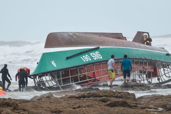 Frivillige redningsfolk omkom da de selv var på vei ut for å redde en fisker