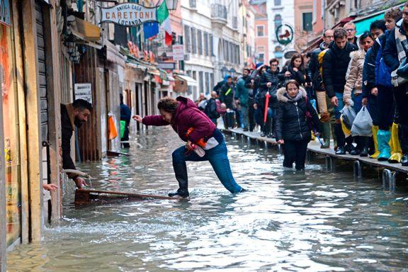 Venezias ordfører ber om donasjoner etter flom