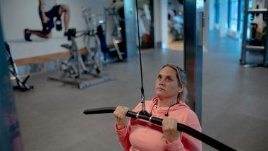 Var usikker på hvor hardt hun burde presse seg. Se ekspertenes treningtips etter koronasykdom.
