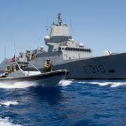 NRK: Regjeringen vurderer å sende norsk krigsskip til omstridte havområder utenfor Iran