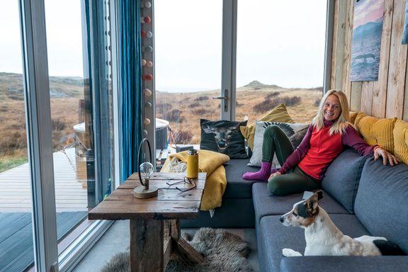 Verdensmesteren bor i en ombygget container. Tett på naturen for 500.000 kroner.