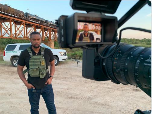 Fox-reporter skapte overskrifter med sikkerhetsvest på grensen til Mexico