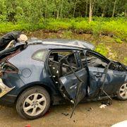 Bil eksploderte da føreren fyrte opp sigaretten