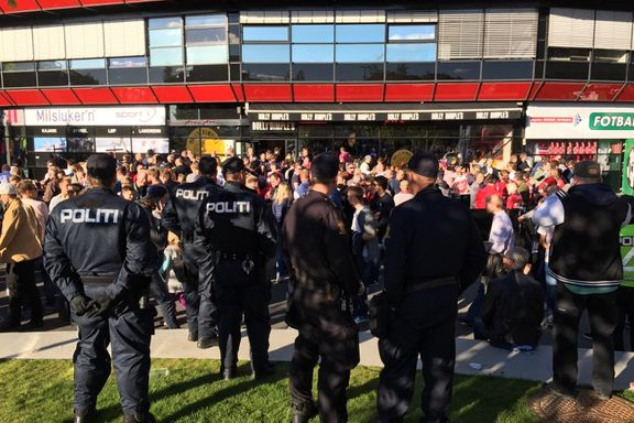 Flere kroatiske supportere bortvist at politiet