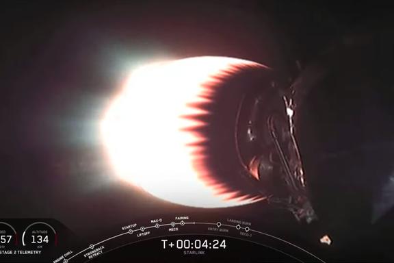 SpaceX sendte i natt nye 60 satellitter ut i rommet. Har nå flest kommersielle i bane.