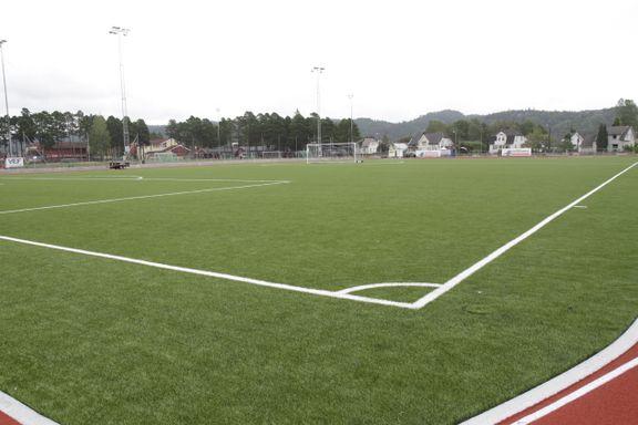 Vindbjart FK solgte stadionnavnet. Det forbauset ordføreren.