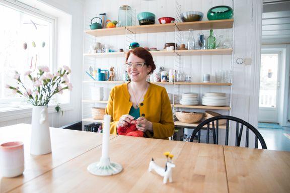 Mari og familien bodde i en ettroms leilighet i Oslo – helt til småbruket hun hadde drømt om hele livet, dukket opp på Finn.no.