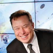 SpaceX vant kontrakt om å lande astronauter på månen