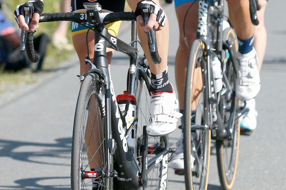 Seks syklister er skadd i en sykkelvelt i Eidsvollrittet