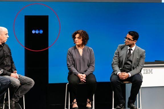 Maskin vs. menneske i debatt-duell: Se hvem som vant