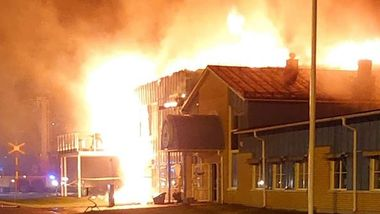 Folk i Nord-Sverige hamstrer etter brann i brødfabrikk