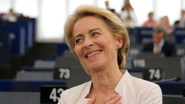 Ursula von der Leyen blir første kvinne i EUs gjeveste toppjobb